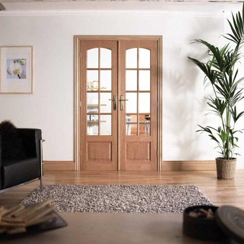 4' Glazed Oak Room Divider