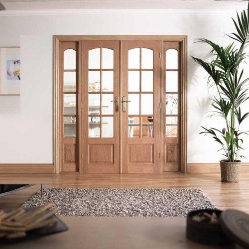 6' Glazed Oak Room Divider